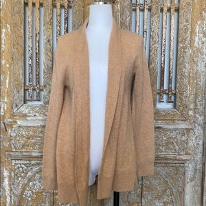 SAKS FIFTH AVENUE CASHMERE SWEATER M CLASSIC NEW